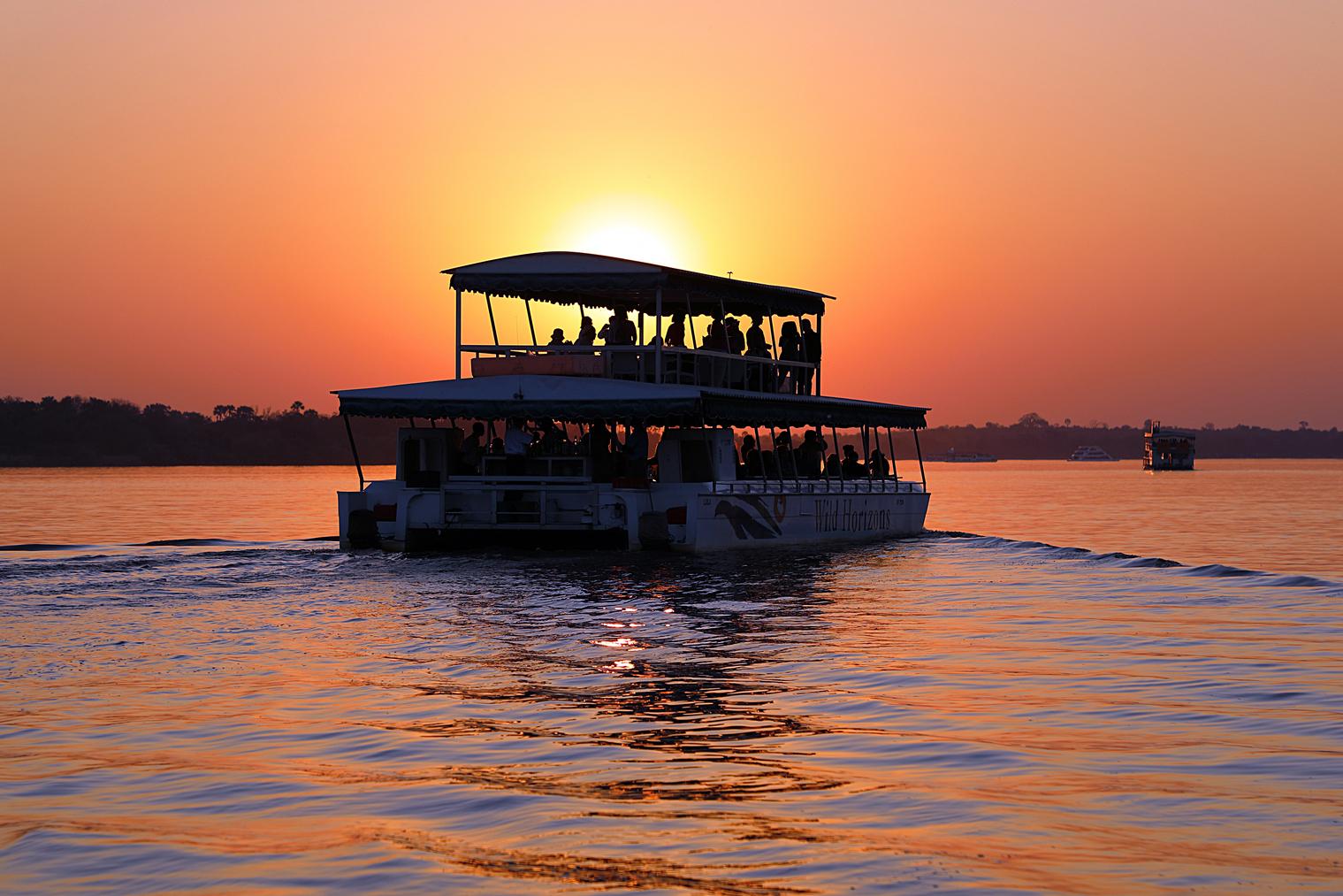 Sunset cruise - Wild Horizons